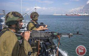 الاحتلال يفتح النار على الصيادين ويعتقل اثنين منهم