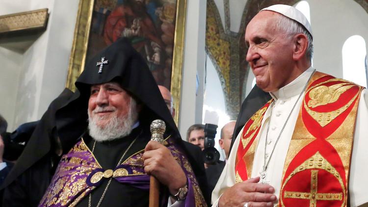 """البابا فرنسيس: مذابح الأرمن """"إبادة جماعية"""""""
