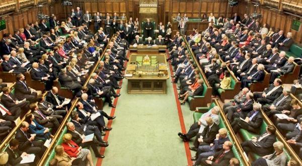 البرلمان البريطاني يتهم السعودية بتمويل داعش