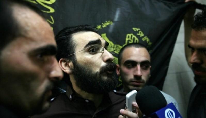 الاحتلال يقرر الإفراج عن الأسير ثائر حلاحلة الشهر الجاري
