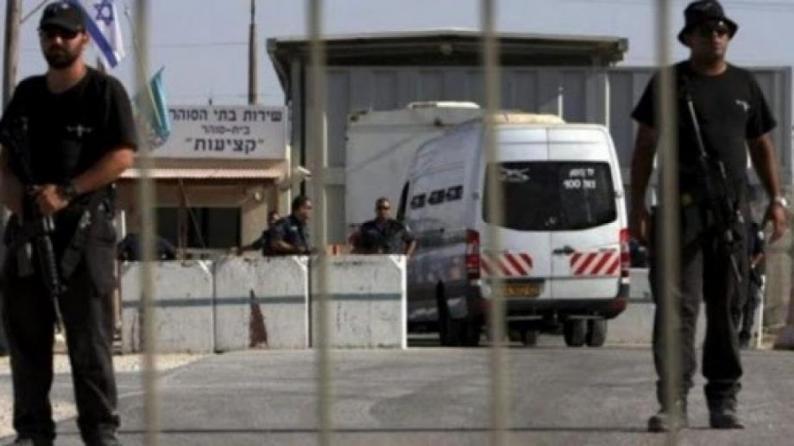 """الاحتلال ينقل الأسير أبو ربيع من سجن """"عوفر"""" إلى عيادة سجن الرملة"""
