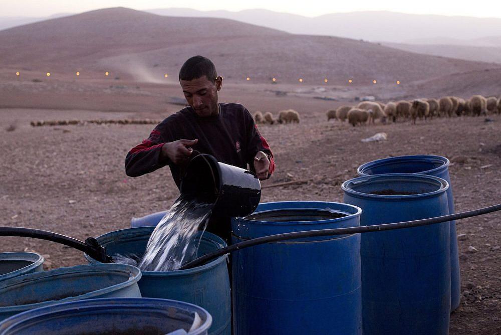 الحرمان من المياه: ذخيرة صهيونية حية تستهدف أكباد الفلسطينيين