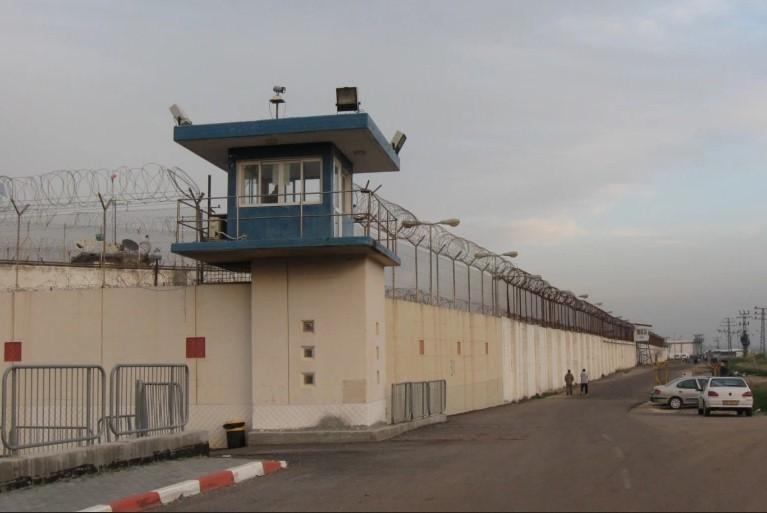 تدهور على صحة الأسير المضرب محمد مرداوي في سجن النقب